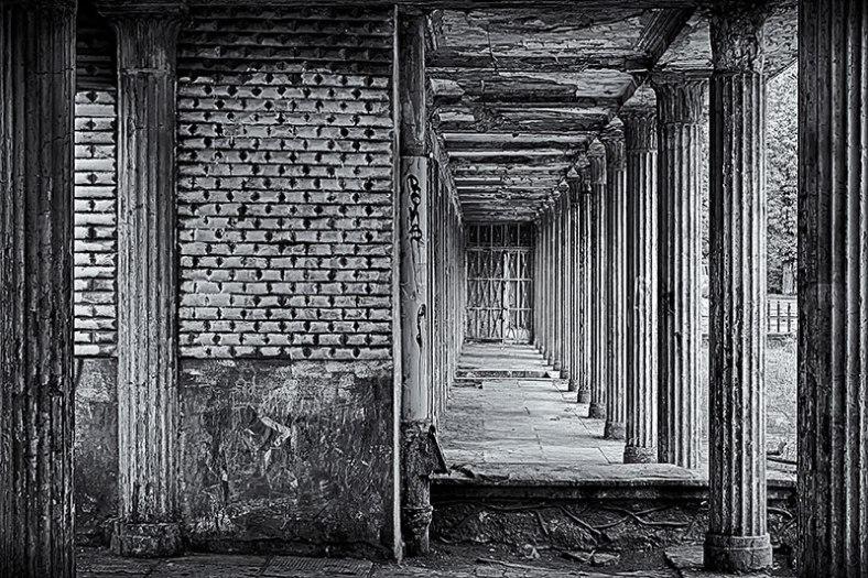 archways-bw