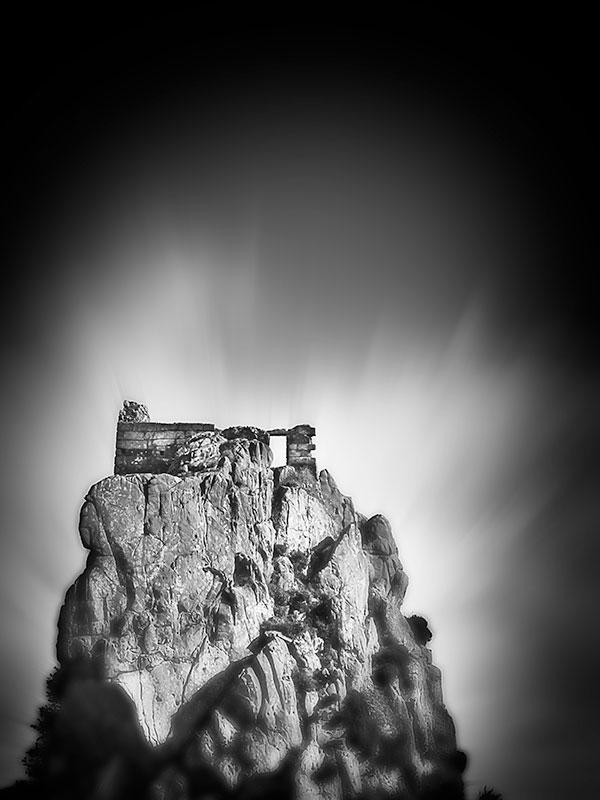 Roche-Rock-PinHole