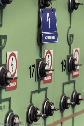 17 19 Switches